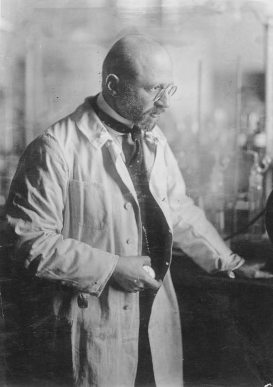 2. Irudia: Fritz Haber-en argazkia, 1905ean. Irudia: Bundesarchiv, Bild 183-S13651.