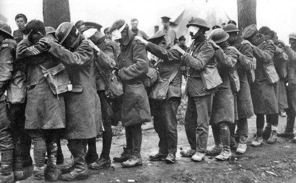 8. Irudia: Itsu geratutako soldadu britainiarrak.