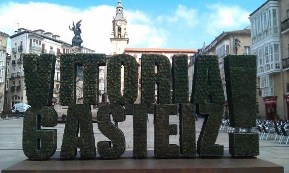 """2. Irudia: Vitoria-Gasteiz 2012an Europako """"Green Capital"""" izan da. Argazkia: Oscar Gonzalez Saez (CC by-nc-sa)"""