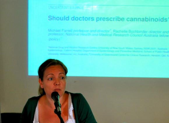 2. irudia: Leire Uriguen, Biologian doktorea eta EHUko Farmakologia Saileko ikertzailea. Argazkia: UPV/EHU