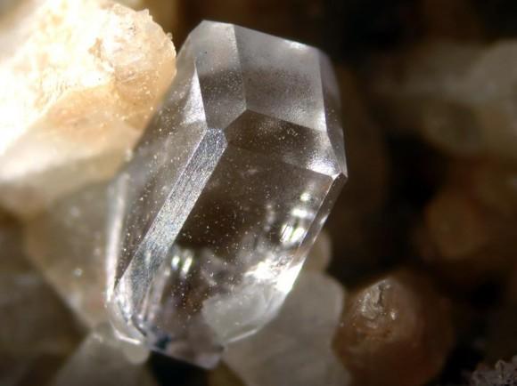2. irudia: Fluoritaren kristala.