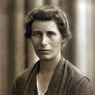 Inge Lehmann (1888-1993): Lurraren bihotzerainoko bidaia kinka larrian utzi zuen sismologoa