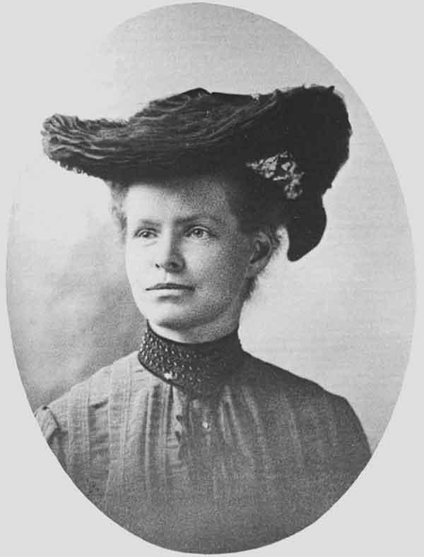 1. irudia: Nettie Marie Stevens 1904. urtean. Washingtongo Carnegie Instituteko argazkia.