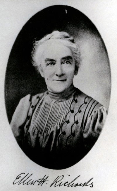 Ellen Swallow Richards (1842-1911): Ingurumen zientzietan bide-erakusle
