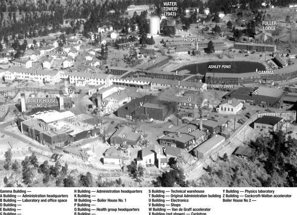 "1. irudia: Los Alamoseko ""Tech Area""."