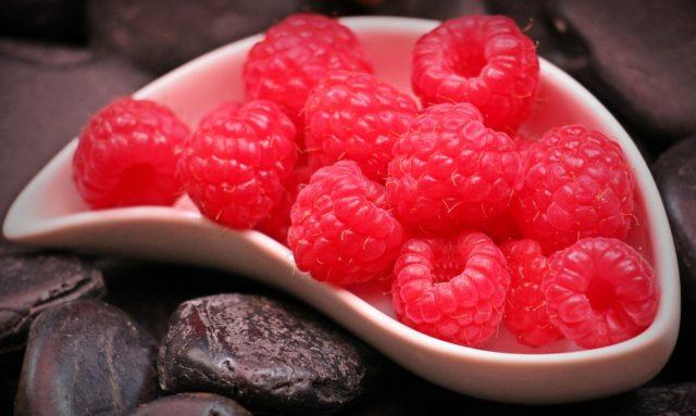 raspberries-1426859_1280