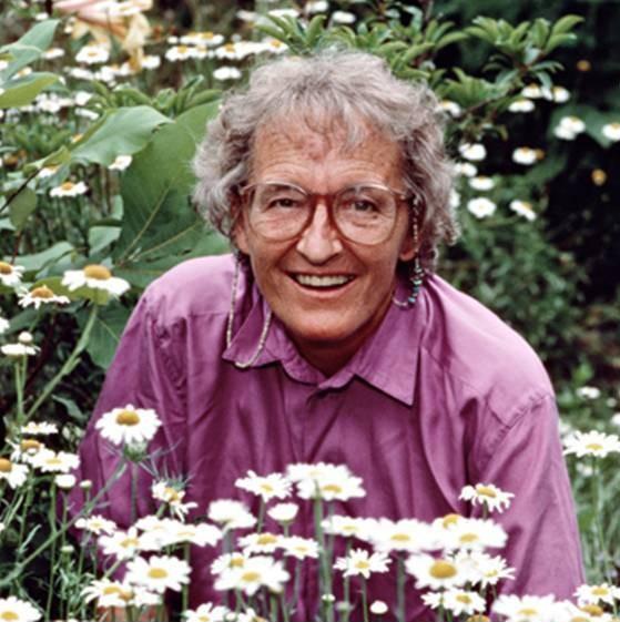 Elisabeth Kübler Ross (1926-2004): Gaixoen sufrimendua itzali nahi zuen emakumea