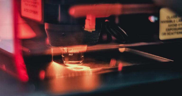 Laser bidezko ablazioaren egungo egoera  eta aplikazioak