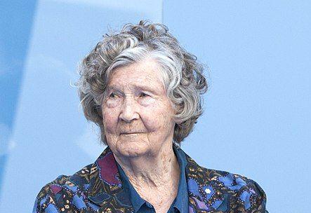 Selma Huxley ikertzailea, balea eta euskal arrantzaleei so