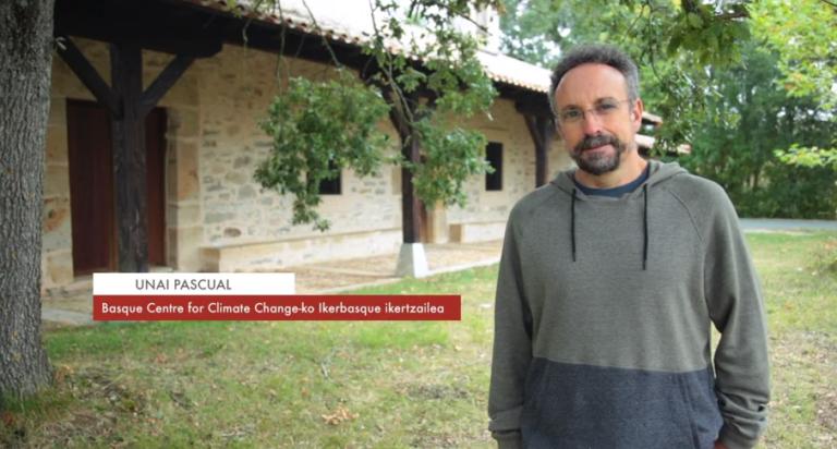 """Unai Pascual: """"Naturaren mugak onartu behar ditugula esaten digu ekonomia ekologikoak"""" #Zientzialari (139)"""